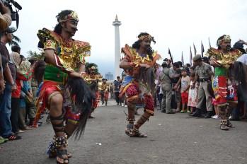 Gelaran kebudayaan dalam rangkaian acara Festival Kerajaan Nusantara di Silang Monas, Jakarta. (Foto: Fajrul Islam/SuaraJakarta)