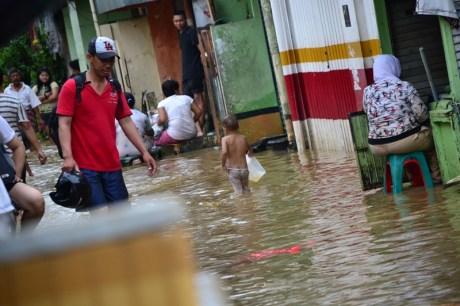 suara jakarta banjir kampung pulo
