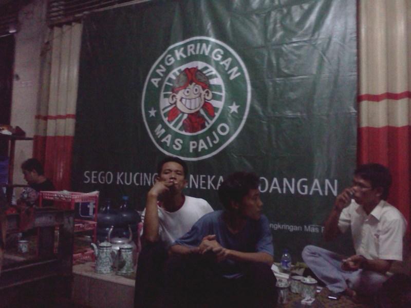 Angkringan Mas Paijo, kuliner murah meriah warga Jakarta