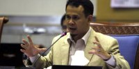 Komisi I DPR RI Kecam Ahok Gunakan TNI Gusur Kalijodo