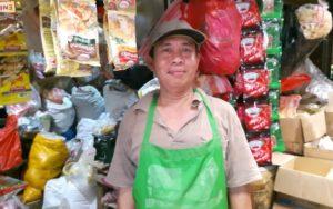 Muhammad Tohir, salah seorang pedangan di Pasar Serdang, Kemayoran. (Foto: Rizky Wika Shintya Devi)