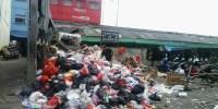 Petugas Kebersihan Lalai Angkut Sampah, TPS Sumur Batu Hasilkan Aroma Tak Sedap