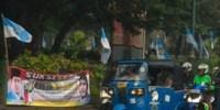Satpol PP Tertibkan Ratusan Spanduk Liar