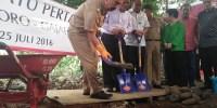 PT. Gajah Tunggal Berikan CSR Pembangunan Ruang Terbuka Hijau