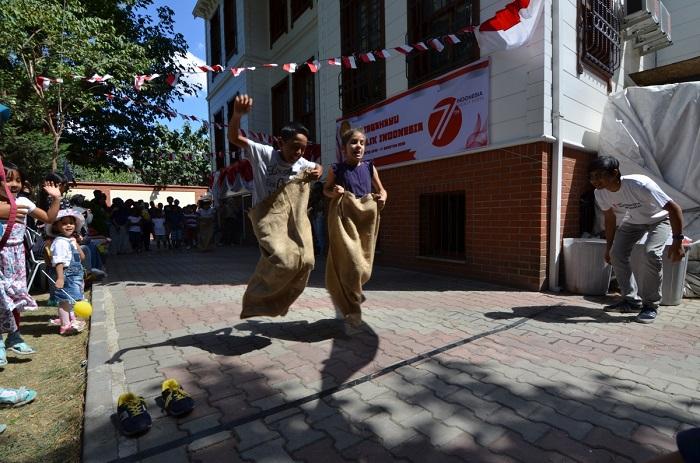 Balap karung - agustusan di turki