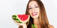 Program Diet Selalu Gagal? Mungkin Kamu Belum Tahu Anjuran Dokter Tentang Buah Semangka