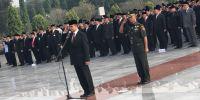 Ziarah ke Makam Pahlawan, Anies Ingatkan ASN untuk Tetap Bekerja atas Nama Negara