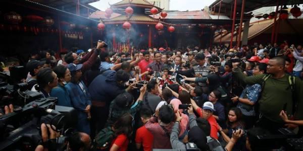 Pernah Terbakar, Gubernur Anies Pastikan Revitalisasi Vihara Dharma Bakti Terus Berjalan