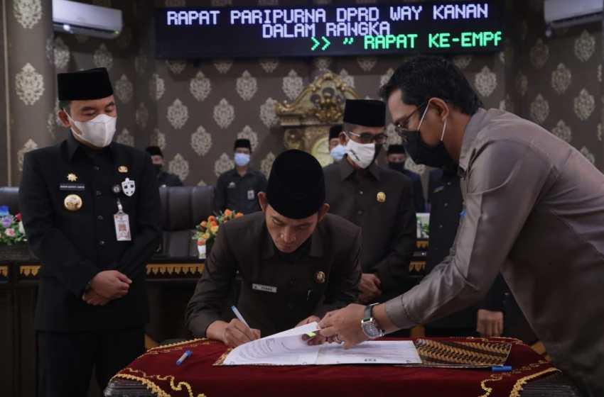 DPRD Kabupaten Way Kanan Grlar Rapat Paripurna Penyampaian Raperda Tentang APBD Tahun Anggaran 2021