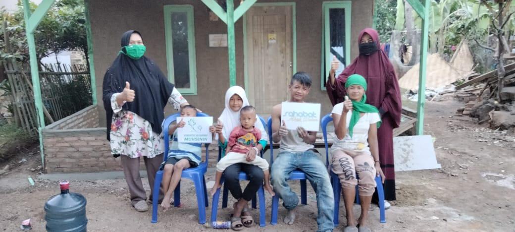 Galang Donasi Rp. 50.000, Relawan Ini Bangunkan Rumah Untuk Ibu Umiyati