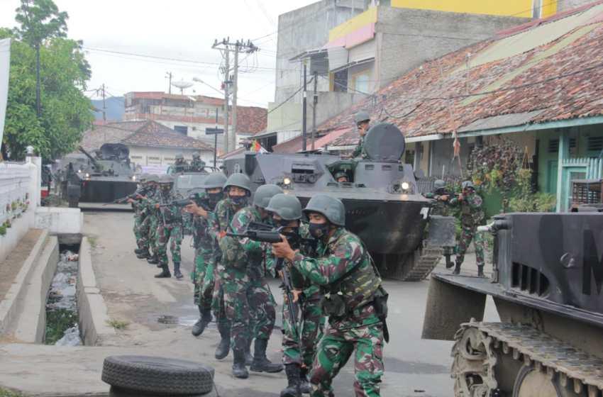 Batalyon Infanteri 7 Marinir/Elang Samudera Melaksanakan Latihan Pertempuran Kota TW IV TA. 2020