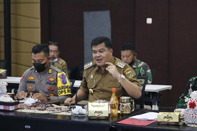 Bupati Lampung Tengah Musa Ahmad Gelar Rapat Evaluasi Pelaksanaan Vaksinasi