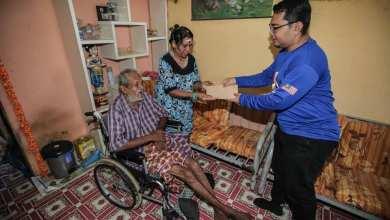 Photo of Terharu bekas wartawan Kosmo! tekad bantu pasangan warga emas