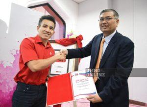 Photo of Shamsul Anuar dan Shahril Sufian wajah yang menyegarkan UMNO