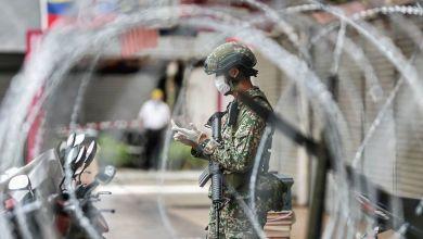 Photo of Tentera nafi pakai helmet elak air kencing warga asing
