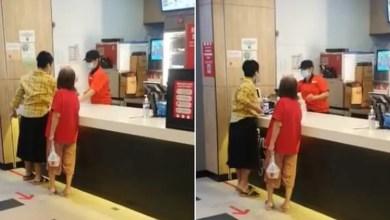 Photo of Wanita ludah pekerja KFC minta dibicara