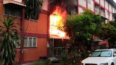 Photo of Dua rumah hangus terbakar
