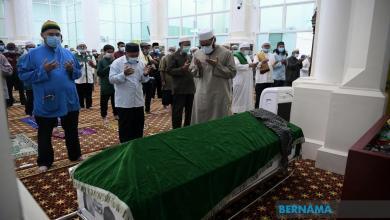 Photo of Jenazah Subky Abdul Latif selamat dikebumikan