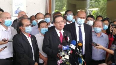 Photo of Guan Eng mengaku tidak bersalah, bayar separuh wang jaminan