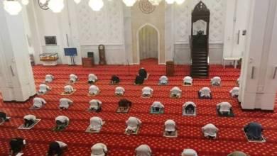 Photo of Tidak dihalau jika lupa bawa sejadah, warga asing boleh ke masjid