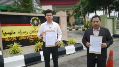 Photo of Putra Perak buat laporan SPRM terhadap Ahmad Fayhsal