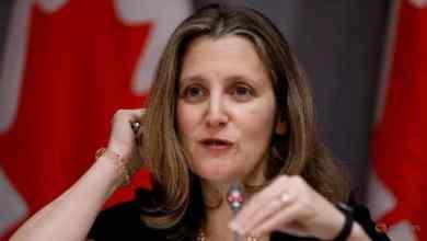 Photo of Bekas wartawan dilantik Menteri Kewangan wanita pertama Kanada