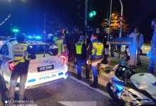 Photo of Curi kereta polis sebab mahu menunjuk pada teman wanita