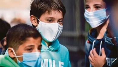 Photo of Hampir 700,000 kanak-kanak di A.S. positif positif COVID-19