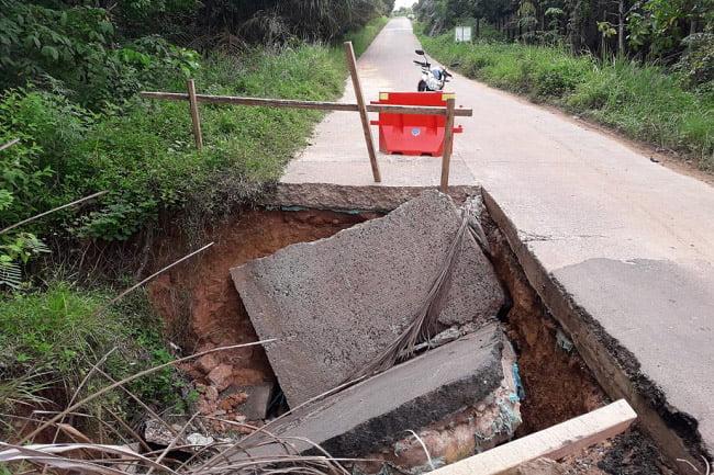 Akses Jalan Lintas Kabupaten Musi Banyuasin Terancam Putus