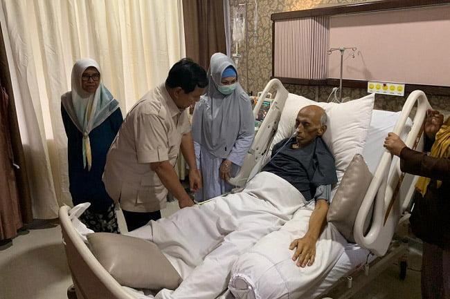Prabowo Bezuk Mantan KSAD Jenderal George Toisutta