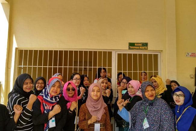 Emak-Emak dan JAKI Hadiri Sidang Tuntutan Emak-Emak Ex Relawan Prabowo-Sandi