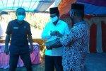 Bupati Seram Bagian Barat Serahkan 1 Speed Boat ke Dusun Talaga Indah