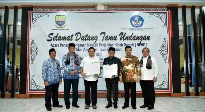 Dukung Kualitas Pendidikan Jambi, Gubernur Hibahkan Aset LPMP
