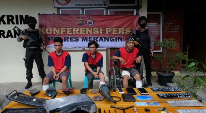 Tiga Pelaku Spesialis Curanmor di Merangin di Dor Polisi.