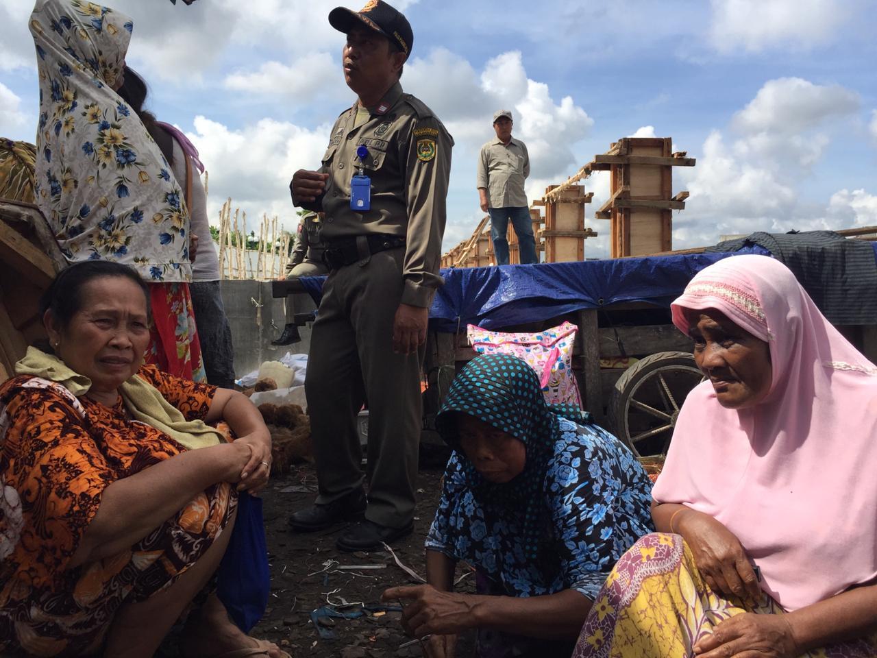 Sisa Kesedihan dari Penghuni Kolong Jembatan Antasari