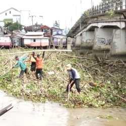 Banjarmasin 'Banjir' Sampah Kiriman