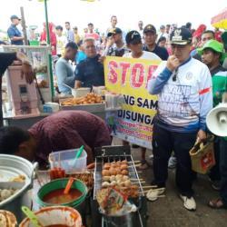 Sayembara Walikota bagi Penjepret Pembuang Sampah