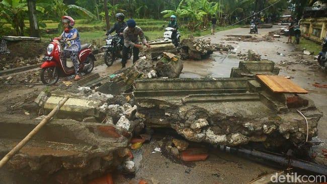 Korban Tewas Tsunami Jadi 62 Orang, Pandeglang Terparah