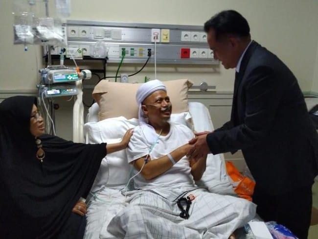 Istri Ummu Hifzhiya Rindukan Sosok Ustadz Arifin Ilham