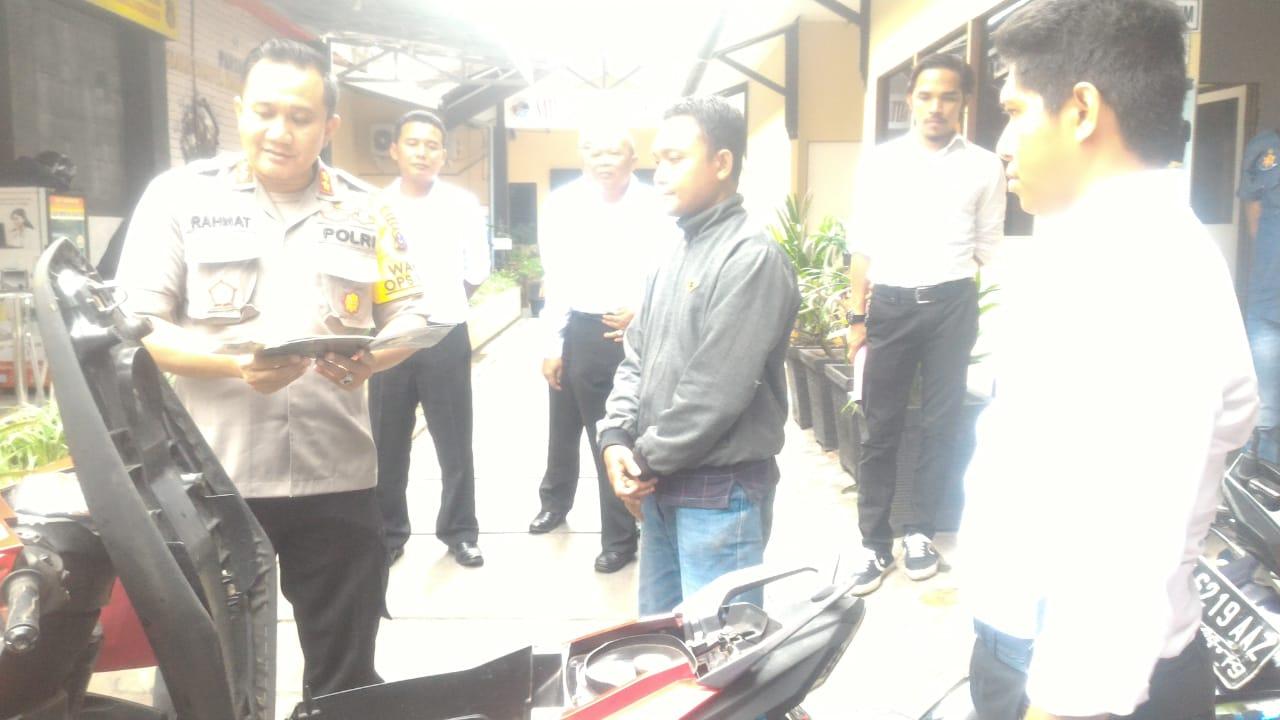 WAH Bahagianya Korban Curanmor Temukan Kembali Motornya di Mapolresta Banjarmasin