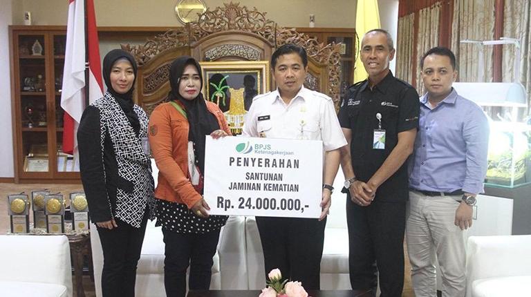 BPJS Santuni Ketua RT dan Dewan Kelurahan yang Meninggal