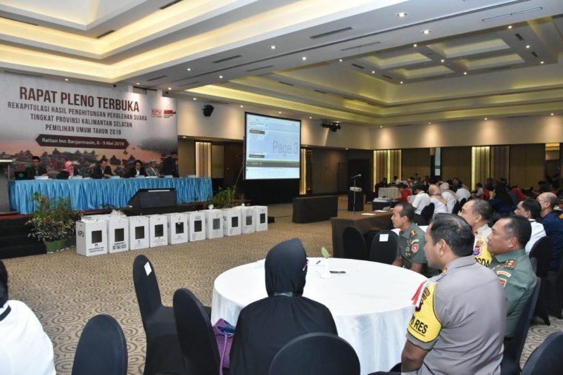 Dialog Antara Saksi, Peserta Rapat Pleno Terbuka Hingga Rekomendasi Bawaslu ke KPU Kalsel