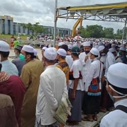 LOKASI Pemakaman Guru Zuhdi Mulai Dipadati Para Jemaah
