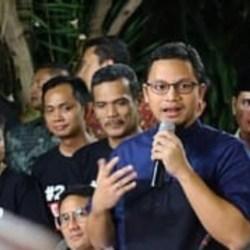 HANAFI Rais Mundur dari Pengurus DPP dan Ketua Fraksi PAN serta Anggota DPR-RI