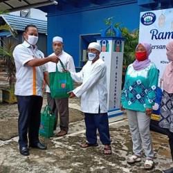 RAMADHAN Berbagi PDAM Bandarmasih Ditutup dengan Pembagian 950 Sembako