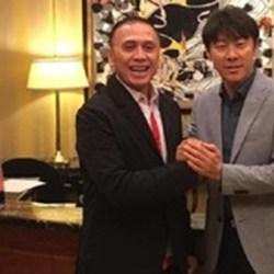 KETUA PSSI Perintahkan Sekjen Bujuk Tae Yong Lanjutkan Tugas
