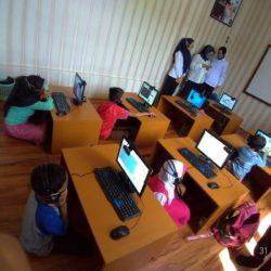 TERGERAK Membantu Anak Kurang Mampu Belajar Online, Kompol Wahyu Sisihkan Gaji Beli 8 Unit Komputer