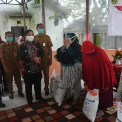 14.583 KPM PKH di Banjarmasin Terima Bantuan Beras Selama 3 Bulan