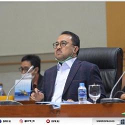 PIMPINAN Komisi III Kecam Keras Pelaku Perobek Al-Qur'an dan Vandalisme Mushalla dan Apresiasi Polisi Cepat Membekuknya