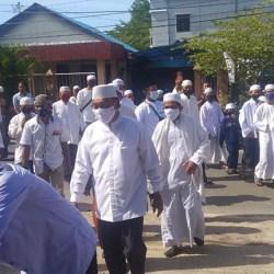 TABUHAN REBANA Iringi Bapaslon Khairul-Habib Ali Daftar ke KPU Banjarmasin